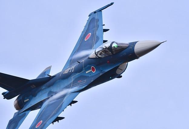 築城基地航空祭予行練習。。かなりの低空飛行突っ込みF-2 ヤバイ(^_^;)