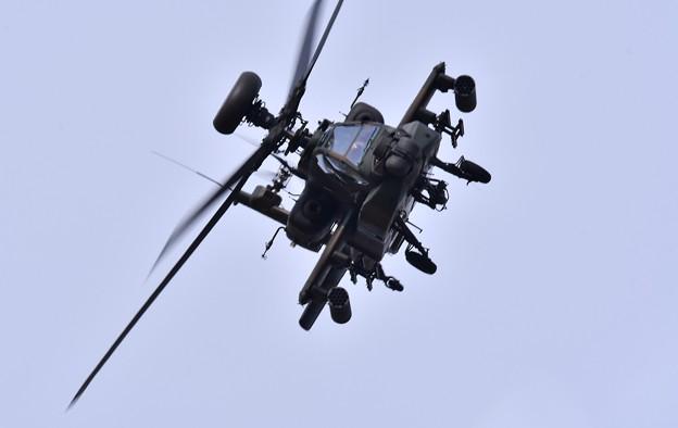 築城基地航空祭予行練習。。縦横無尽に飛び回るアパッチ攻撃ヘリコプターAH-64