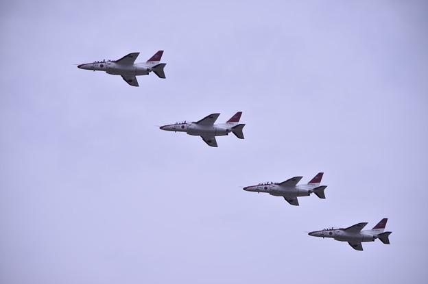 築城基地航空祭。。オープニング芦屋のT-4 編隊飛行