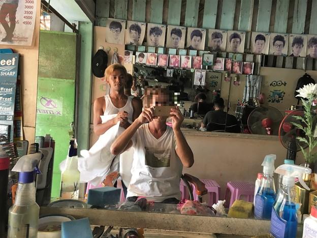 ミャンマー 散髪屋 (1)