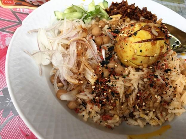 Photos: 朝食のタミンジョウの変化 (4)