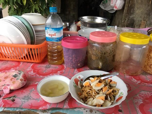いつもと違う朝食にチャレンジ (4)