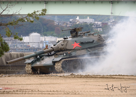 敵役戦車2L