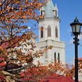 Photos: 紅葉と教会