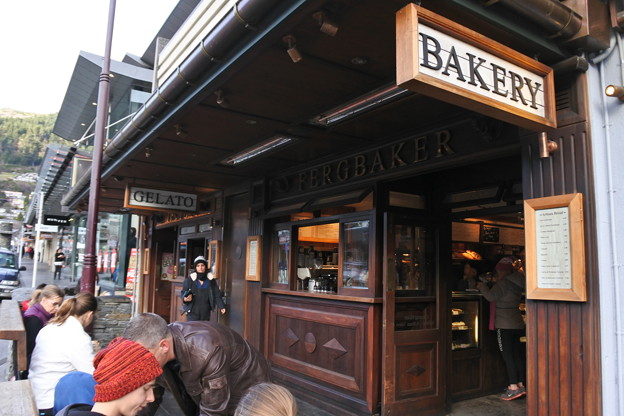 ニュージーランド・クイーンズタウンのパン屋さん
