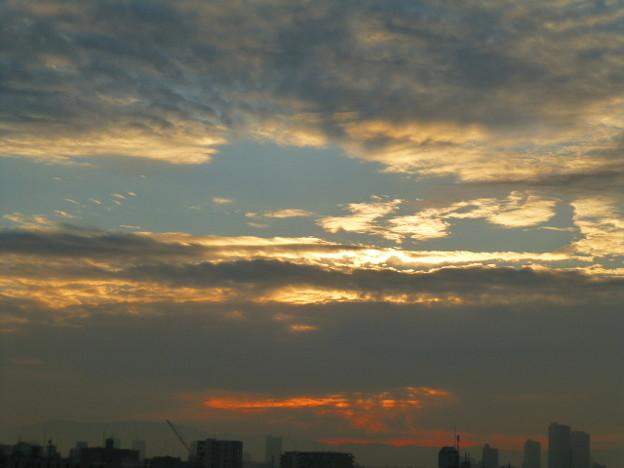 雲の多い朝