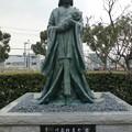 菅公 母子の像