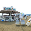 写真: MALIBU BEACH BAR