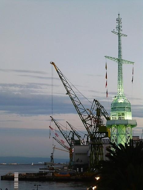 ハーバーランドの灯台 旧新港第5突堤信号所