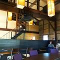 写真: 築100年以上の発酵蔵をリノベートしたレストラン