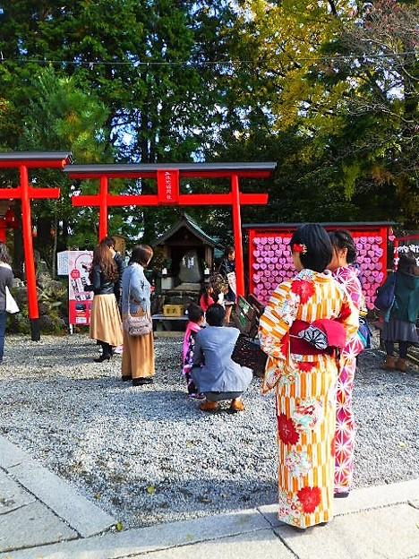 女性に人気の三光稲荷神社