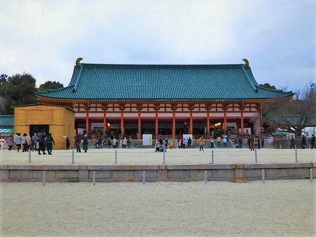 外拝殿(重要文化財)