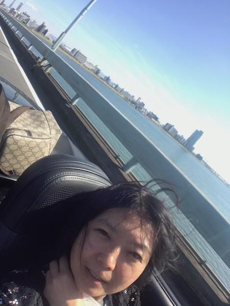 淀川の長い橋を渡って兵庫県へ