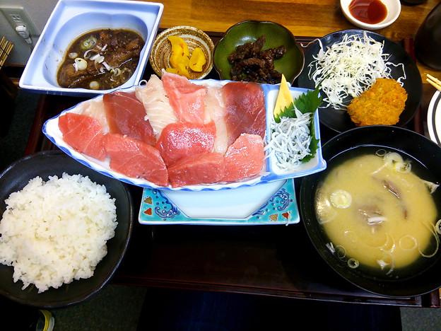 静岡旅行-清水港のお刺身定食