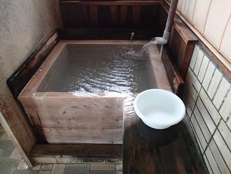 26 6 秋田 露天風呂水沢温泉 4