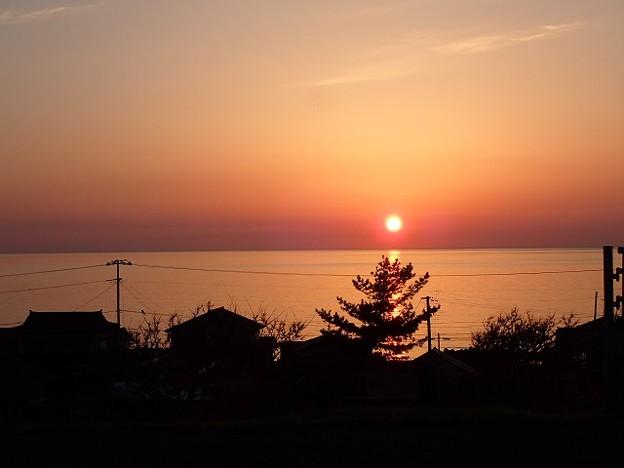 写真: 29 GW 秋田 日本海の夕日
