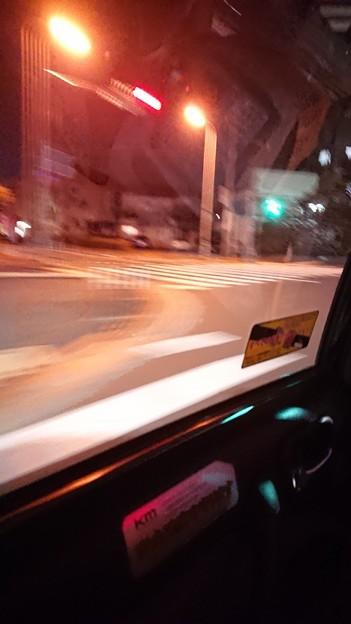 夜な夜なタクシー