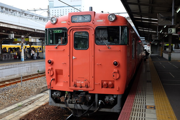 津山行き普通列車