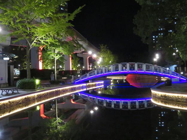 アイランドセンターの夜景
