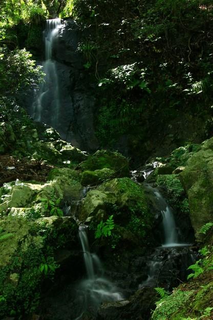 写真: いしくぼの滝  小木津山自然公園