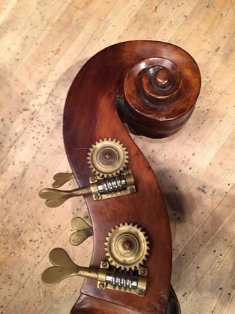 中野・江古田 バイオリン 個人レッスン ヴィオラ 吉瀬弥恵子 Y's音楽教室 ハート形のペグ