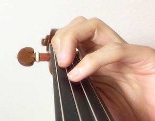 中野・江古田 バイオリン 個人レッスン ヴィオラ 吉瀬弥恵子 ワイズ音楽教室 指は指板の上で待ちます