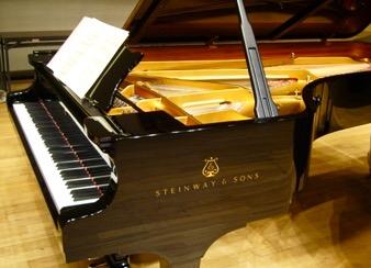 ピアノの譜面台
