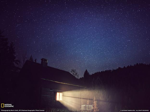 cabin-night-sky-croatia--w