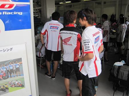 2014 鈴鹿8耐 SUZUKA8HOURS Honda 熊本レーシング 吉田光弘 小島一浩 徳留和樹 CBR1000RR 035