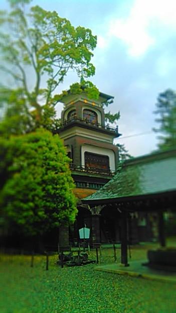 雨の尾山神社 ステンドグラスがひっそりキラキラしてました #金沢